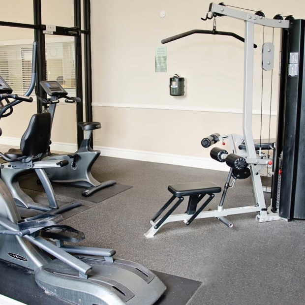 Times-Square-Fitness-Room-2-Gallery