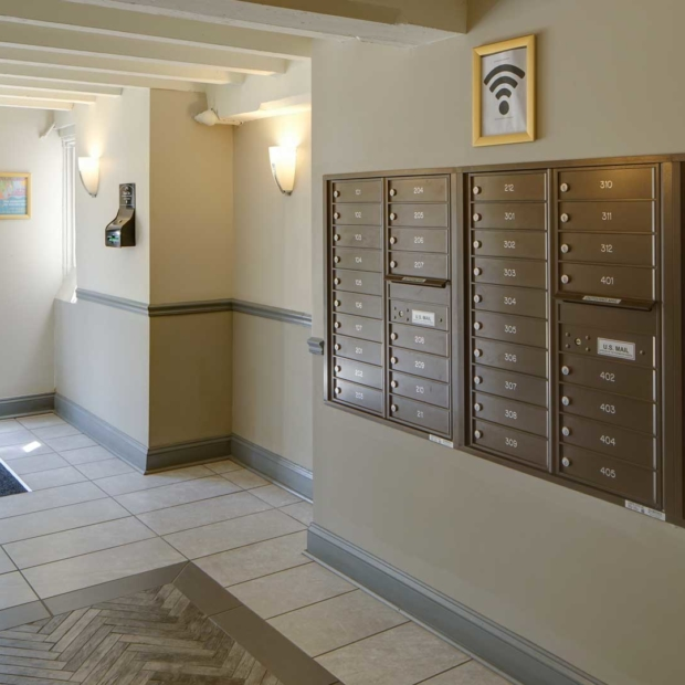 Woodlawn-House-Mailboxes-Gallery
